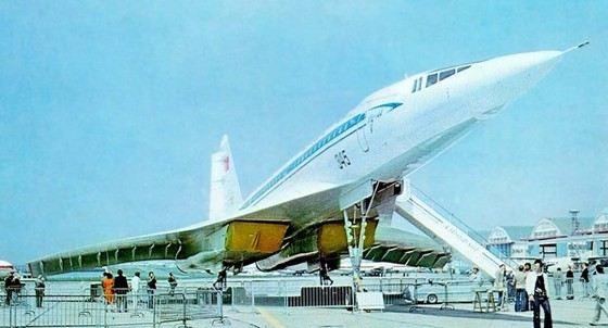 Ту-144 был конкурентом «Конкорду» на рынке дорогих самолетов