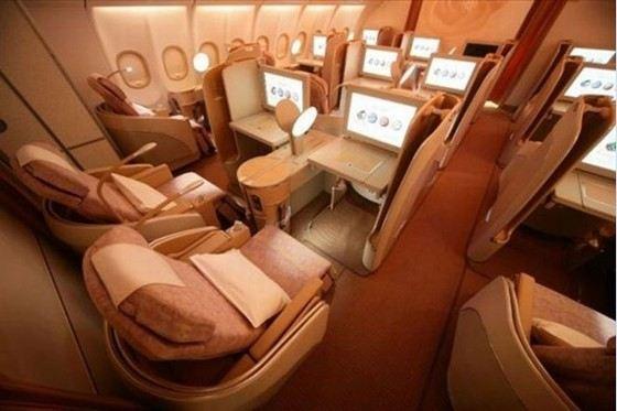 Первый класс в самолете считается самым дорогим